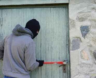 Featured of How to Secure Your Home from Thieves