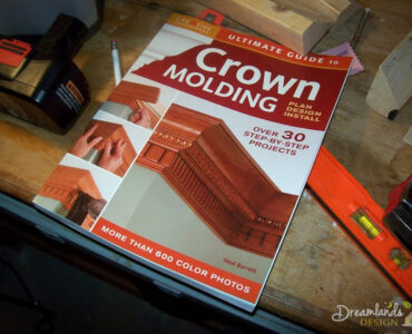 Featured of Installing Crown Molding, How to Install Molding by Yourself