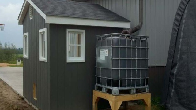 DIY Rain Barrel (Rainwater Harvesting)