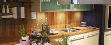 Featurd of 9 Expert Tips for Remodeling a Kitchen on a Budget