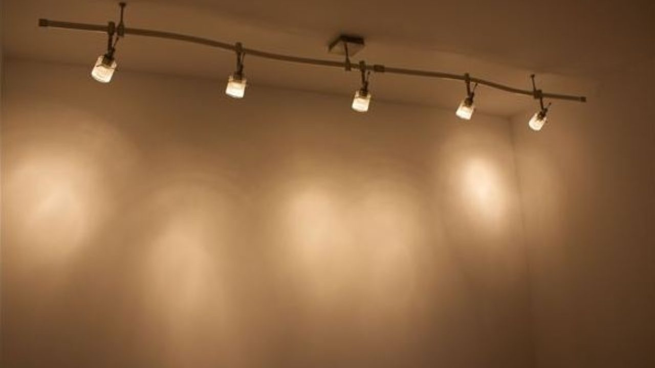 Diy Track Lighting Installation Puts Light Where You Want It