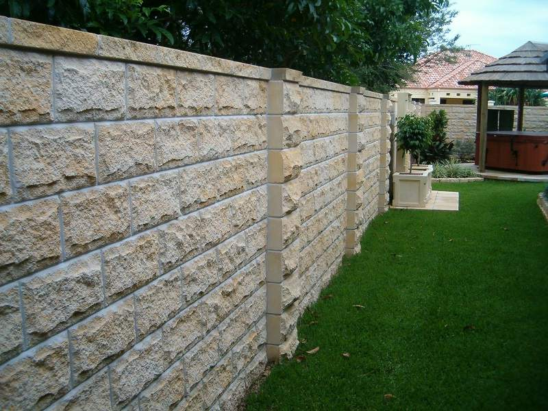 All That You Want to Know About Build Retaining Walls