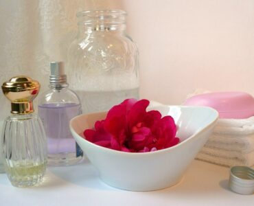 Featured of wallet-friendly tips to improve your bathroom