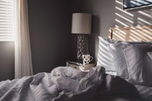 Featured of How to Feng Shui Your Bedroom