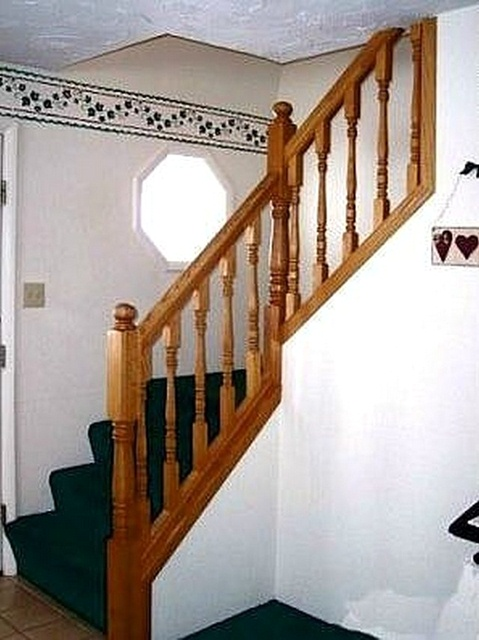 image - How to Build Stairs With Landings via Hunker