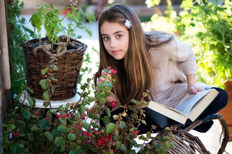 Discuss Perfect Garden Ideas with Your Family