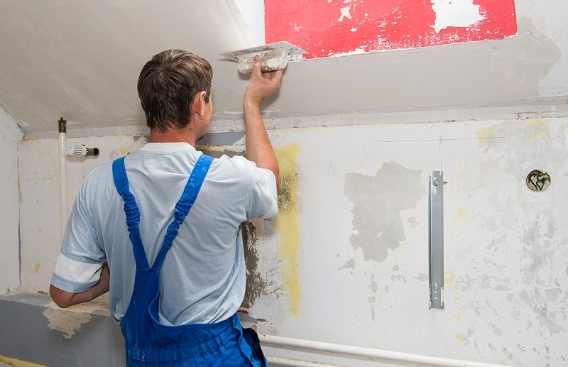 How a Trained Plasterer Will Help to Improve Exterior as Well as the Interior of Your Home?