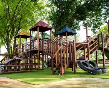 Featured of What Is Rubber Mulch, and Is It Good to Use for Your Playground