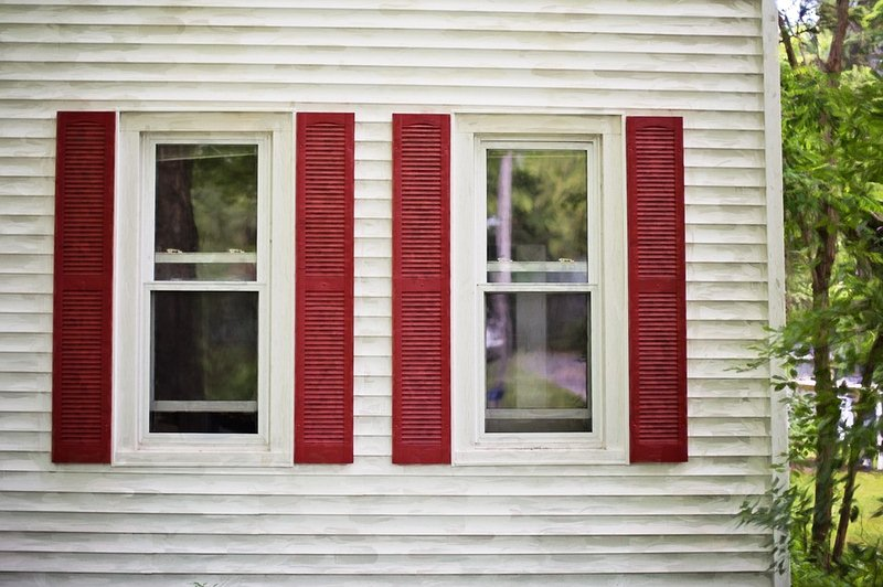 3 Things to Keep in Mind While Choosing Wooden Shutters