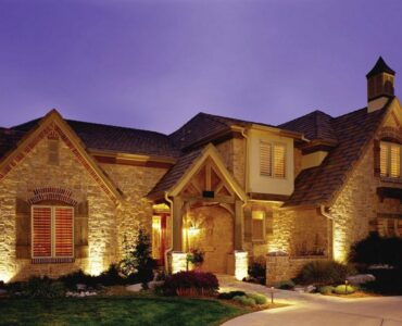 Featured image - Make the Right Landscape Lighting Choice for Your Needs