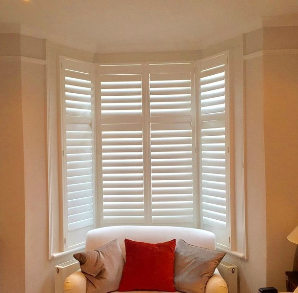 Look How They Impress - Things to Keep in Mind While Choosing Wooden Shutters