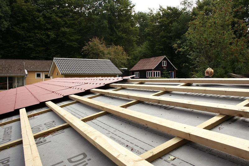 Attempting DIY roofing work? Four things you must be aware of