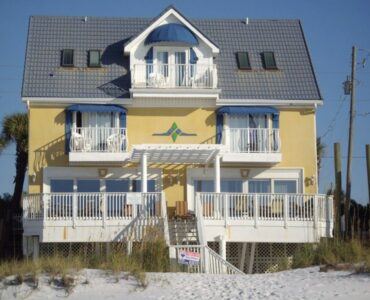 Featured of 3 Simple Tips for Prepping Your Beach House for Summer