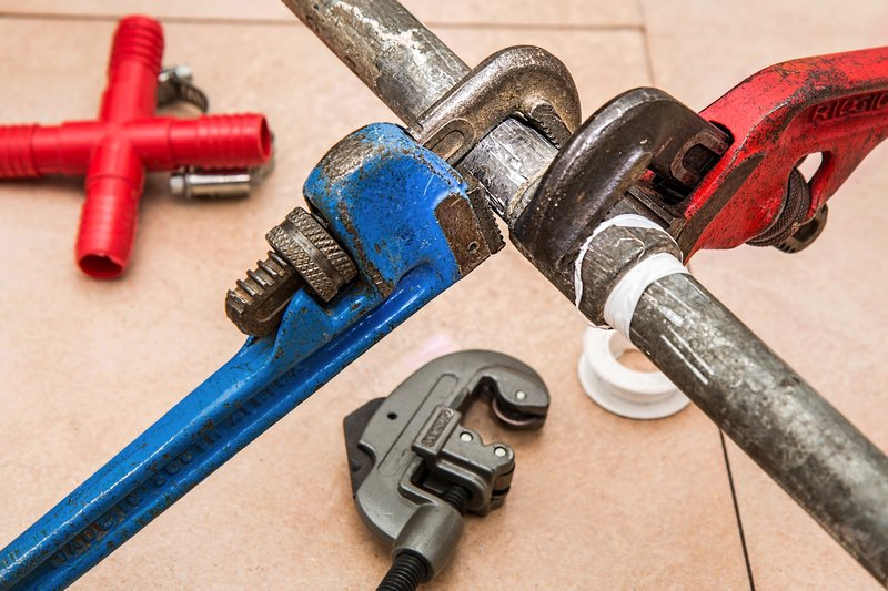 Plumbing 101: Importance, Problems and Hacks
