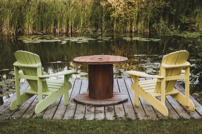 Design a Cute Deck for the Ultimate Relaxing Experience