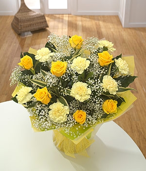 Yellow Roses With Carnations - Types of Flowers and Roses Which Will Make Your Garden Looks Attractive