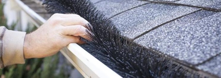 Step by Step: Clean and Protect Your Gutters