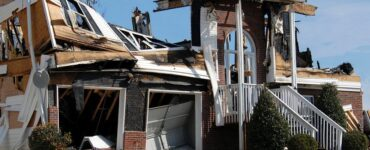 Featured of How to Clean Up After Fire Damage and Get Rid of the Smoke Smell in Your Home