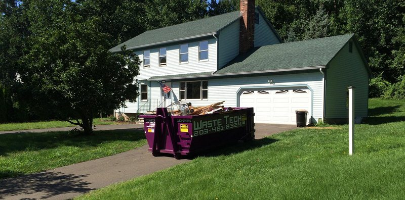 Remove Garbage from Your Home Effectively By Hiring Dumpster Rental