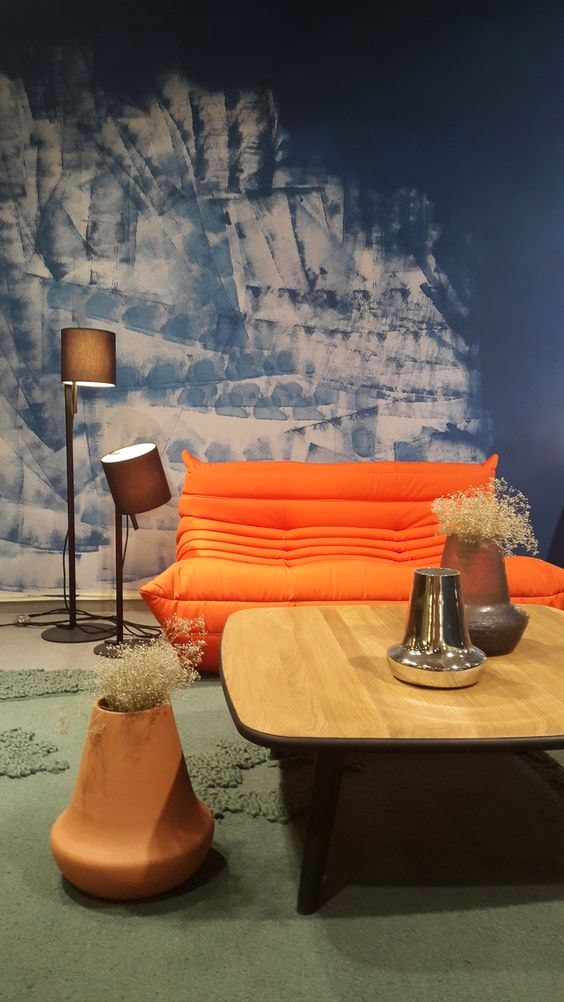 Stylish Paint Jobs - How to Accessorize Around Your Togo Sofa
