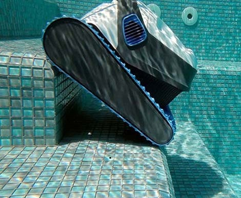 Top Ten Reasons to Get a Robot Pool Cleaner