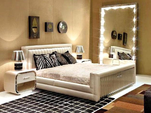 Oversized Bedroom Mirror - 5 Ways on How to Style Your House With Mirrors