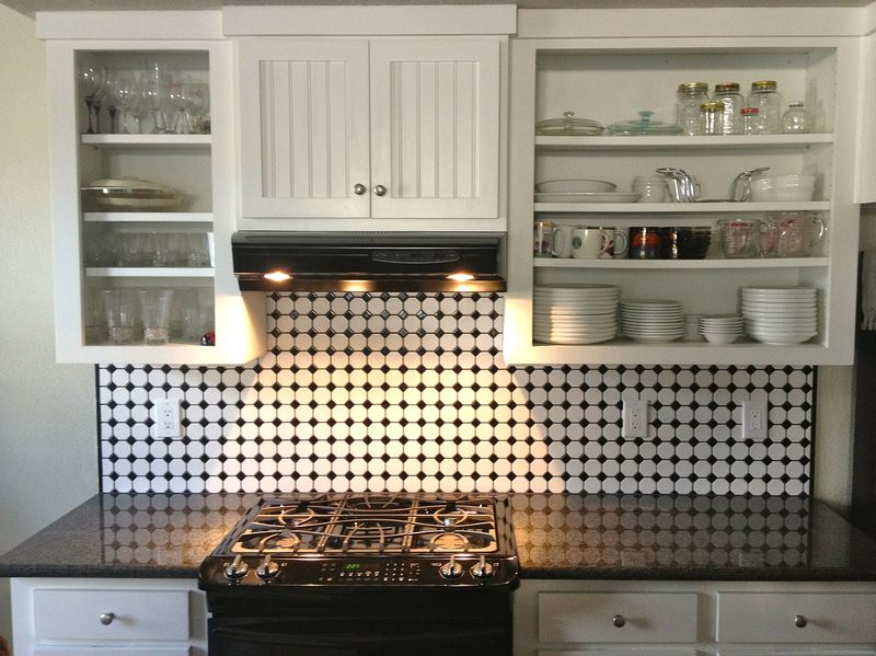 Splash on the Backsplash - 5 Tips for Creating a Beautiful Kitchen Space
