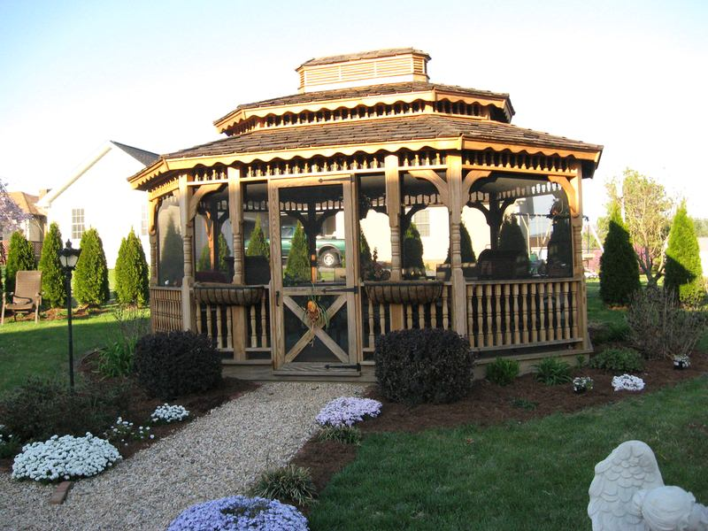 How to Make a Beautiful Garden with a Gazebo