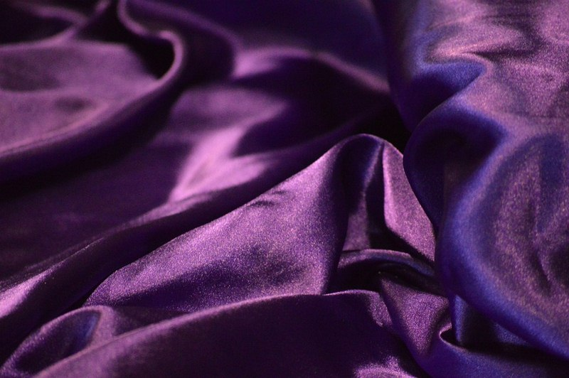The Many Benefits of Silk Bed Sheets