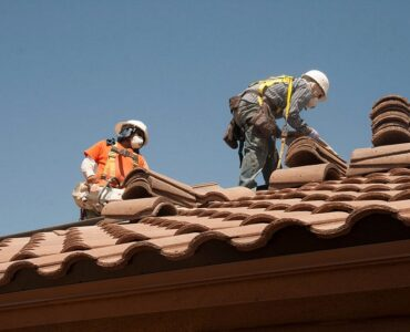 Featured of A Complete Guide to Ease Up Your Selection Procedure of Roofing Contractors