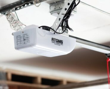 Featured of 4 Factors to Consider When Buying a New Garage Door Opener