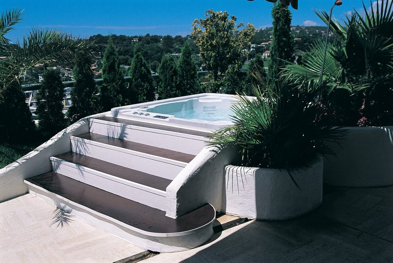 Does a Hot Tub Add Value to Your Home