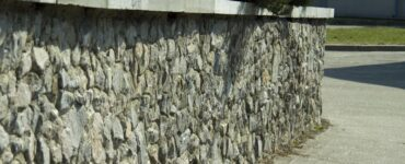Featured of Find Out the Advantages of Retaining Walls