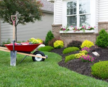 Featured of How to Do Landscaping Right in Winter, Spring, Summer or Fall
