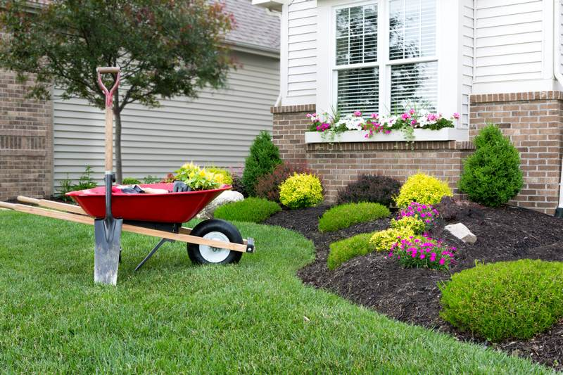 How to Do Landscaping Right in Winter, Spring, Summer or Fall