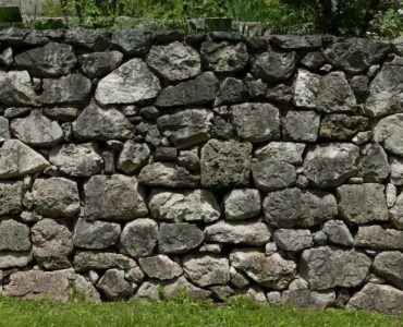 Featured of Why Should You Consider Retaining Walls