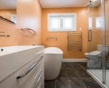 Featured of How to Remodel Your Bathroom on a Budget