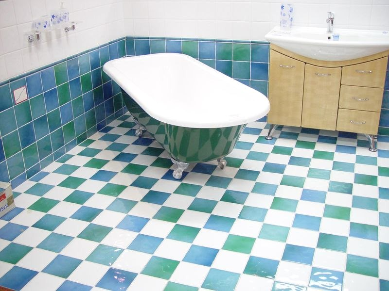 4 Reasons Why You Should Tile Your Bathroom