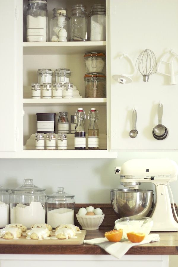 How to Organize Your Kitchen Cabinets