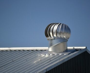 Featured of metal roofing