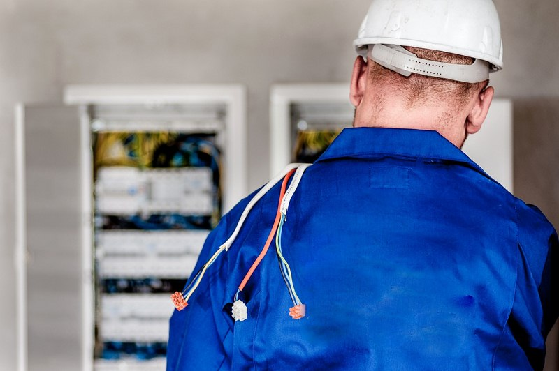 How Can Us Find & Hire the Best Electric Company