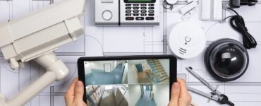 Featured of Advantages and Disadvantages of Professional and DIY Home Security Installation