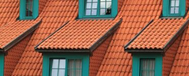 Featured of 5 Best and Easy Ways to Clean Your House Roofs
