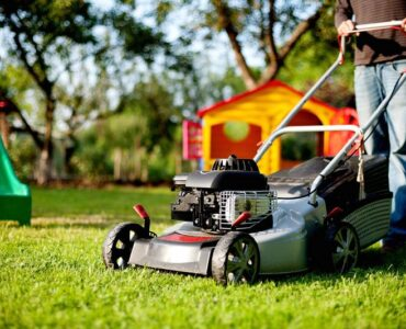 Featured of Electric vs. Gas Powered Lawn Mower - Which Mower is the Best