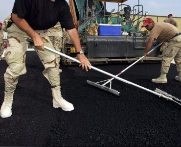 Featured of How to Maintain Your Asphalt Driveway During Summer