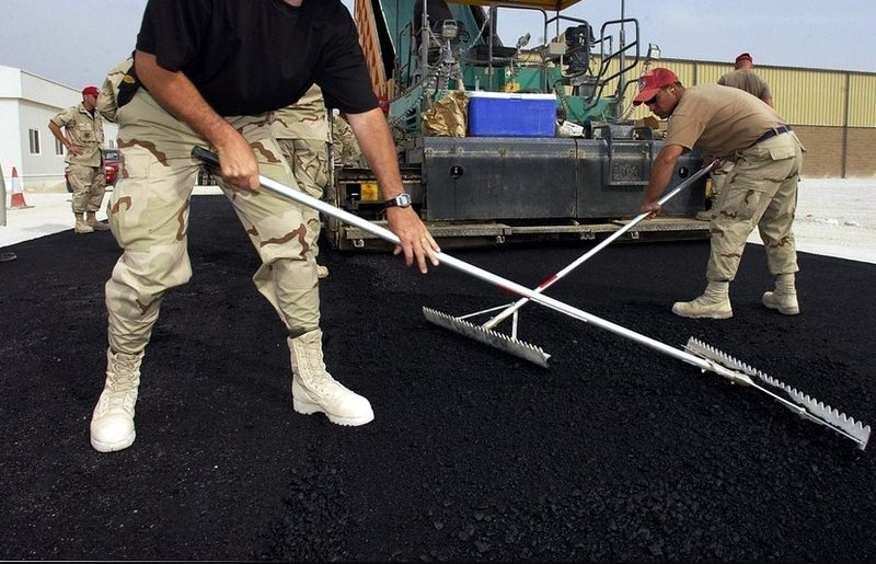 How to Maintain Your Asphalt Driveway During Summer