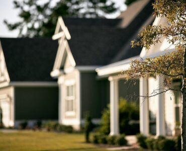 Featured of Factors In, Out, and Around a Property to Research Before Choosing a Home