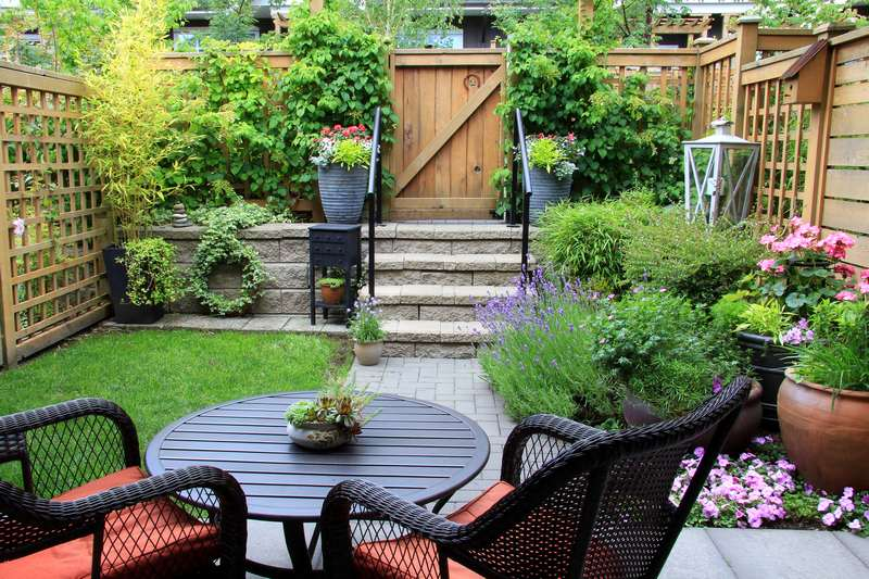 Small Backyard Ideas - How to Make Yours Stand Out