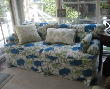 Featured image - Factors to Consider to Buy the Best Suited Sofa Covers
