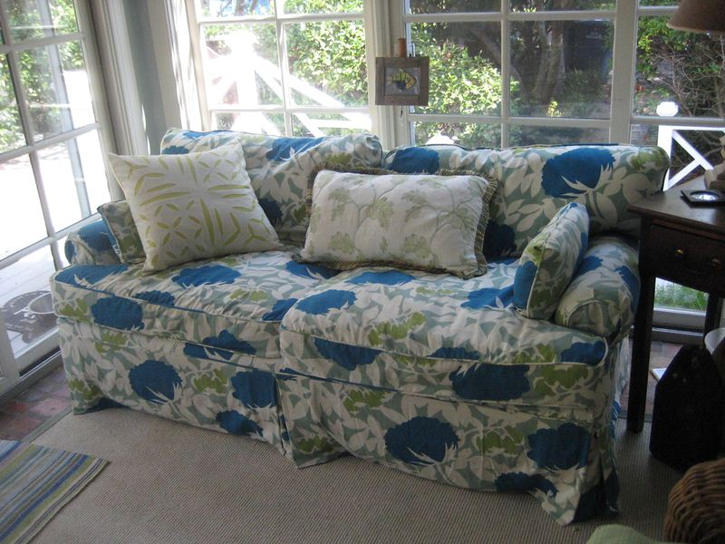 Image - Factors to Consider to Buy the Best Suited Sofa Covers